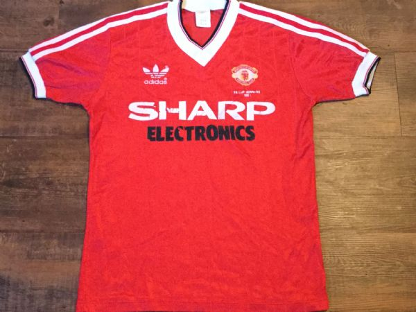 1982 1983 Manchester United FA Cup Winners Football Shirt Adults Small